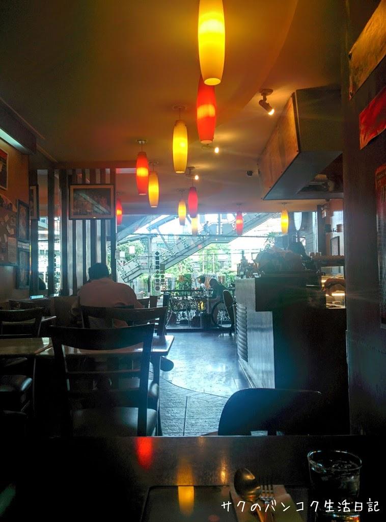 BTSプラカノン駅下のプチプラカフェ♪ M-Coffee & Bakery