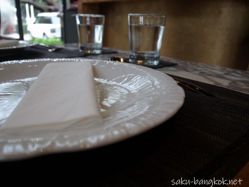 【Ma Maison(マ・メゾン)】は美しい店内&美味しいタイ料理で超オススメ!
