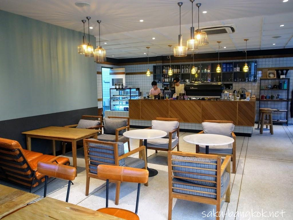 バンコクでパソコン作業にぴったりのカフェWonderwall The Kaffebar @Sukhumvit soi 26