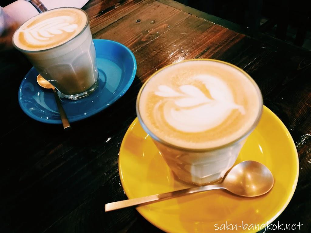 ザ・ラーダーカフェ(The Larder Cafe & Bar)でフルーツたっぷりのフレンチトースト【チェンマイ旅行記2017