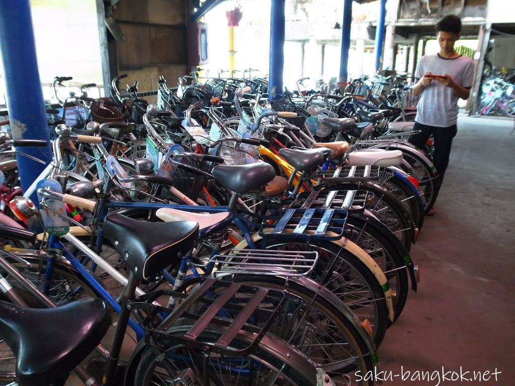 バーンガジャオのレンタル自転車屋さん
