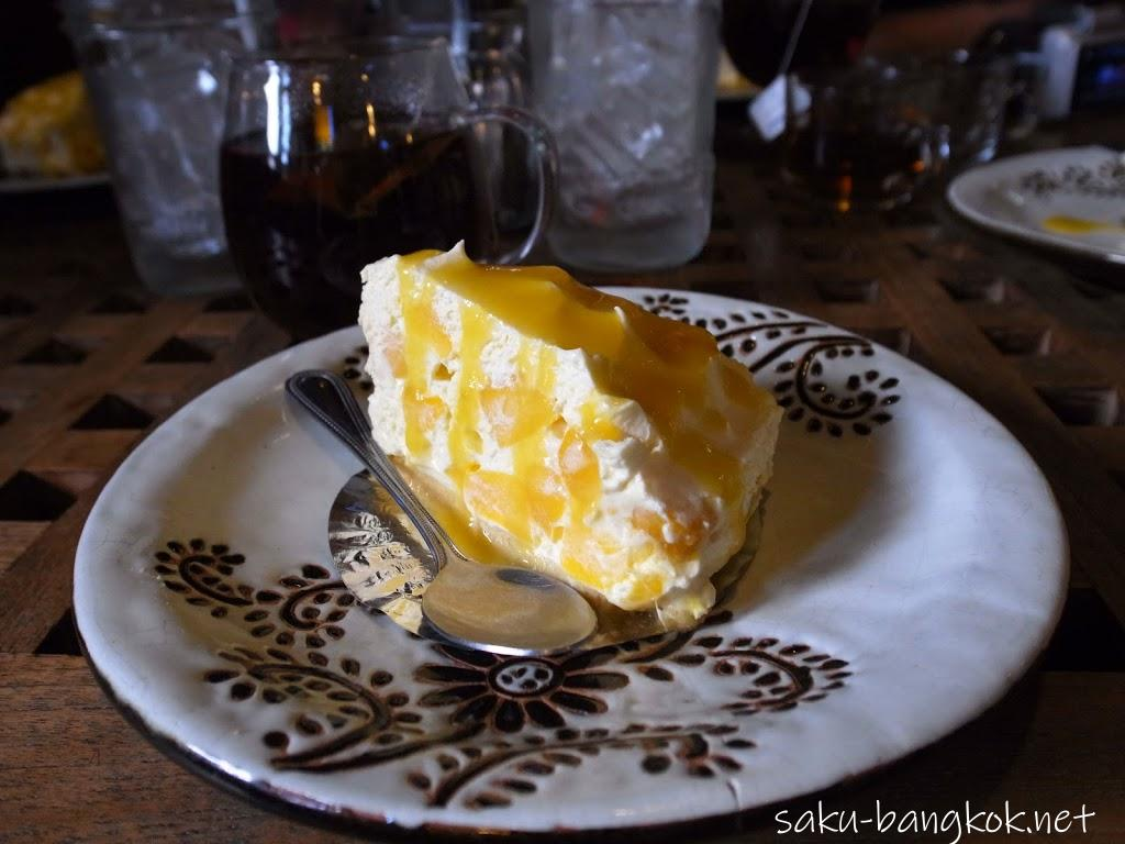 チェンマイ名物!絶品マンゴーチーズケーキ