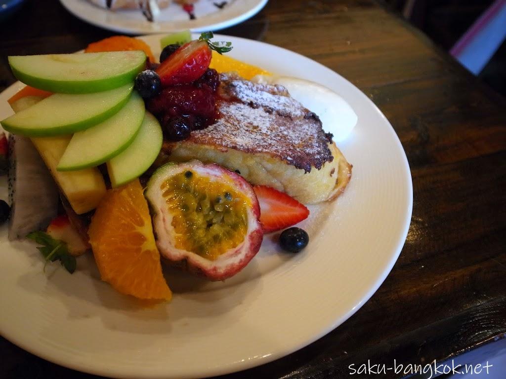 チェンライのThe Larder Cafe & Bar(ザ ラーダー カフェ&バー)
