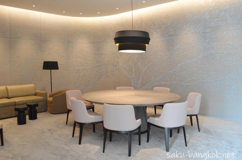パークハイアットバンコク Embassy Room内の個室
