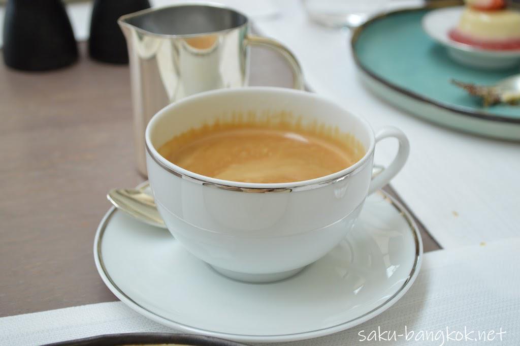 パークハイアットバンコク Embassy Roomのランチ コーヒー