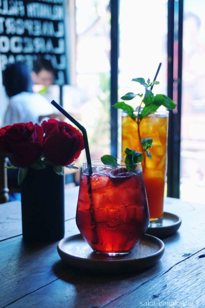 Floral cafe at Napasorn