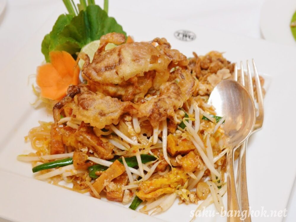 Soft Shell Crab Pad Thai(320B++:約1,270円)