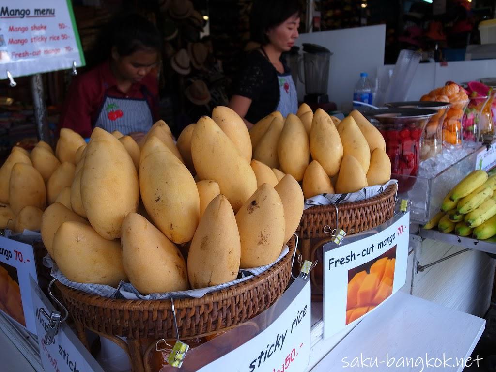 チャトチャックウィークエンドマーケットのマンゴーのお店