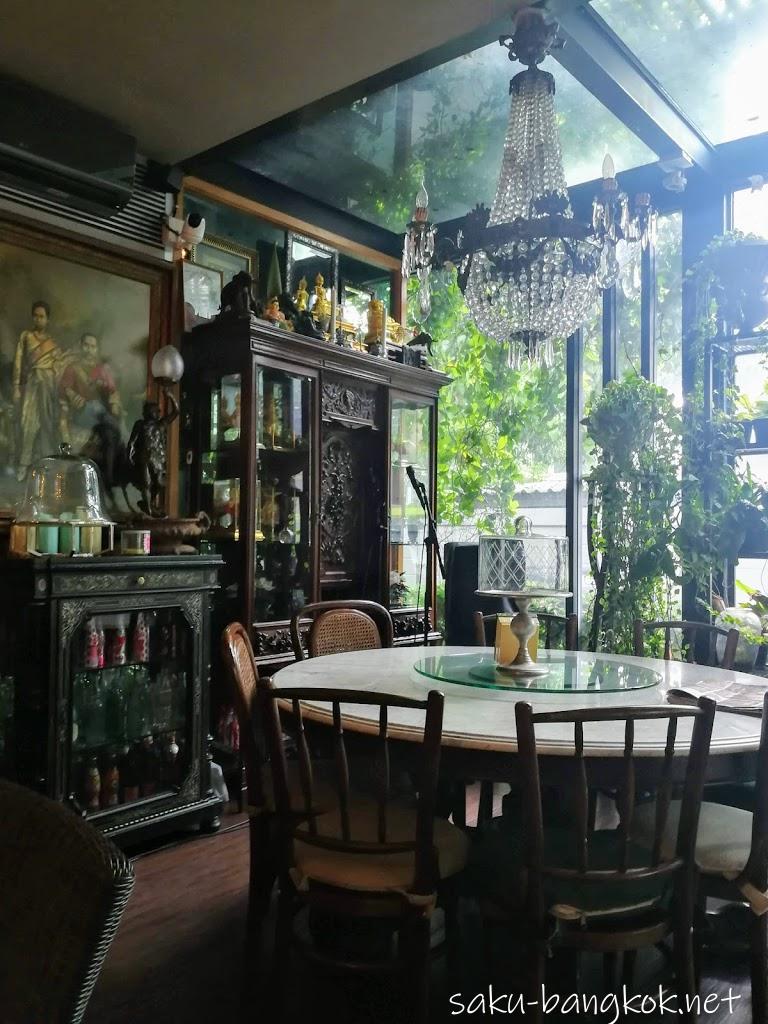 Cafe Classique(カフェ・クラッシック)の内装その2