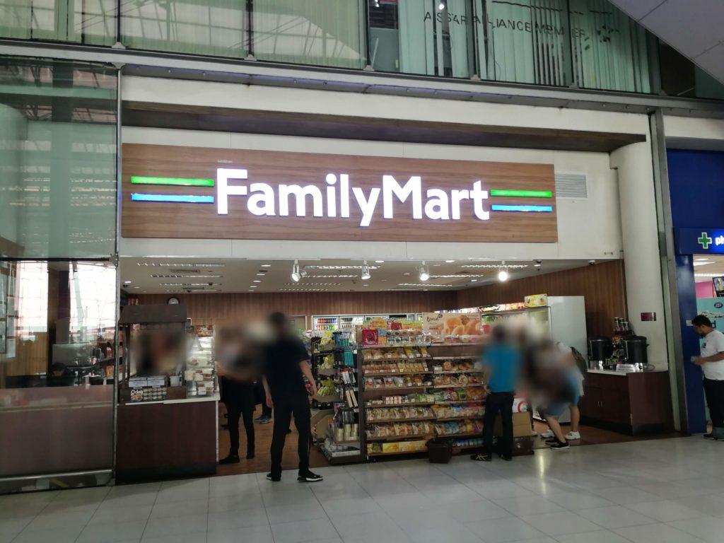 スワンナプーム国際空港4階ファミリーマート