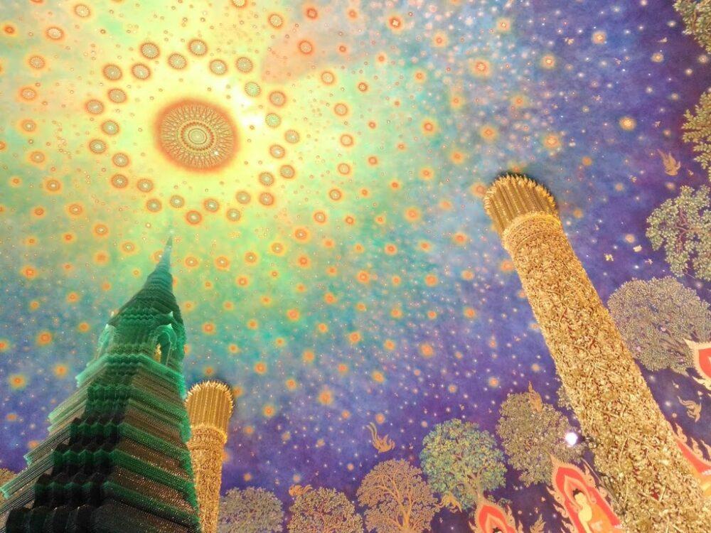 【ワットパクナム】で美しい天井画を眺めよう!MRT延伸で徒歩でアクセス可能に