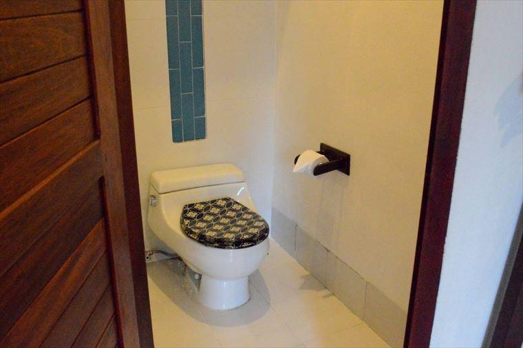 ルアンパバーンの【Indigo House Hotel】のトイレ