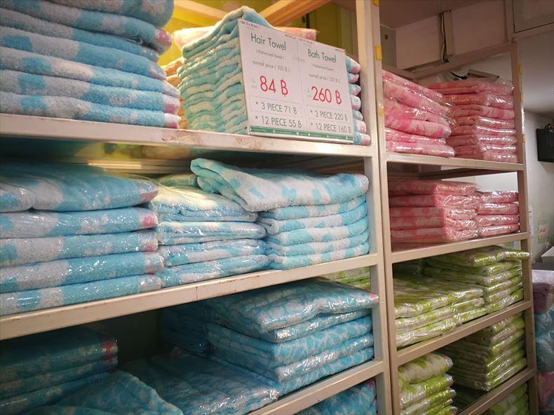 バンコクのウチノタオルのカラーバスタオル