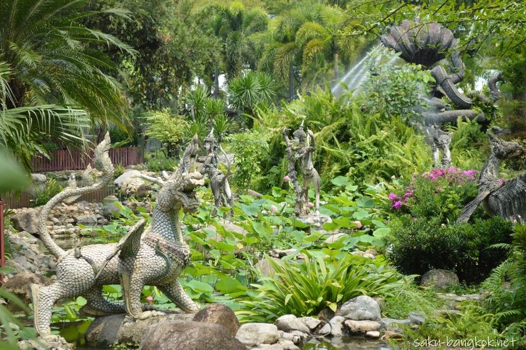 エラワンミュージアムのお庭