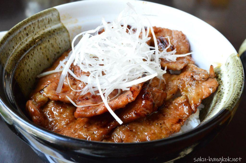 とかちセットの豚丼