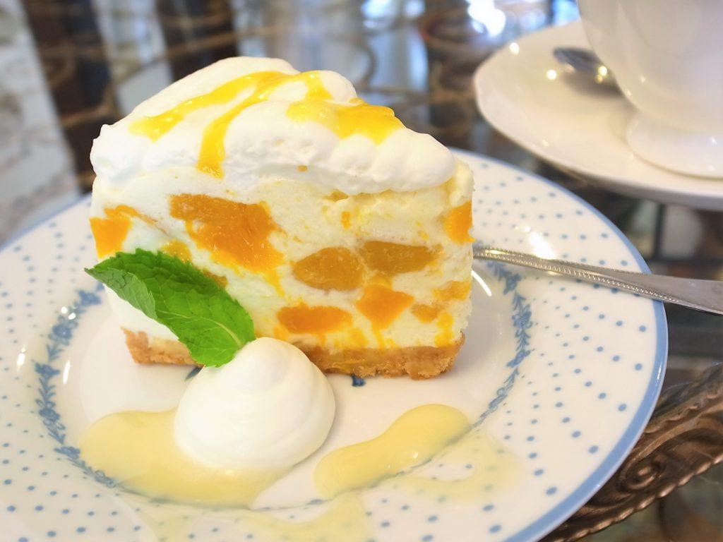 セレンディブティールームのマンゴーチーズケーキ