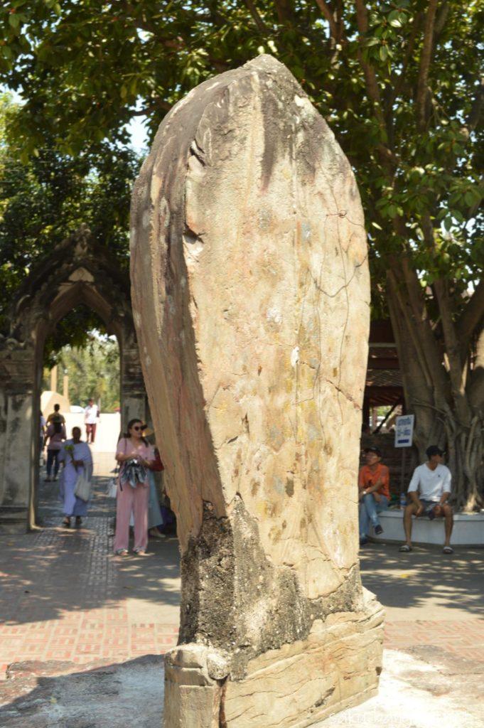 タイのお寺にある結界石