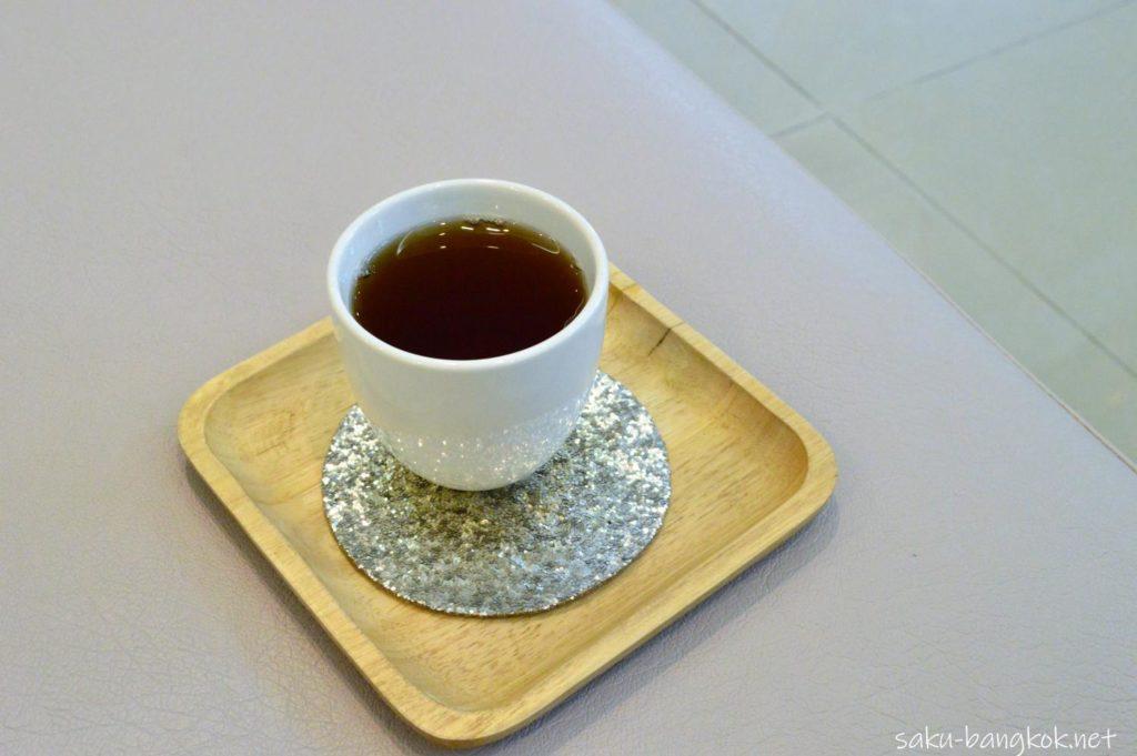 バンコクの整体スパYIM's Style イムズスタイル 施術後のお茶