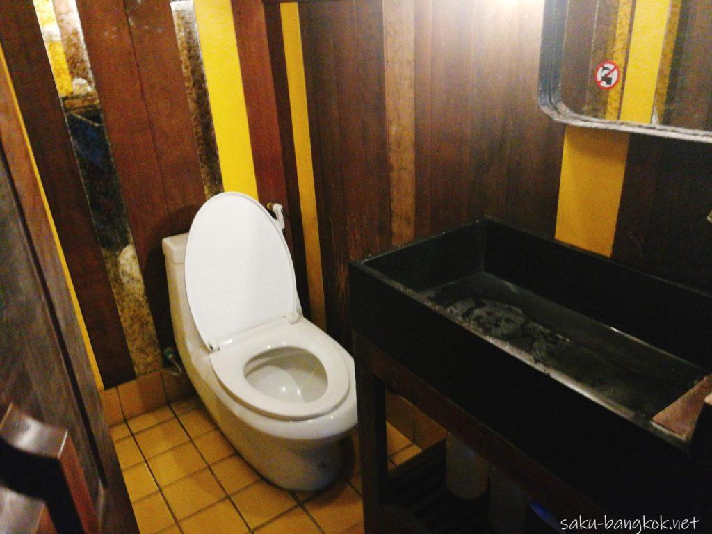 スパンニガークルーズの船 トイレ