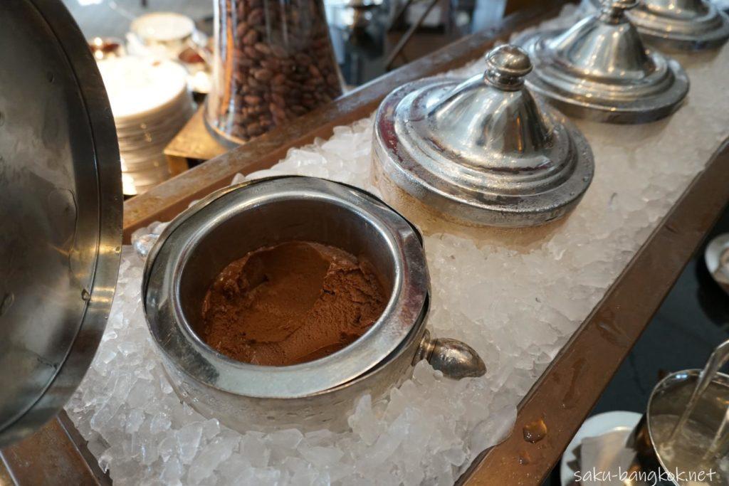 チョコレートブッフェのワサビチョコアイス