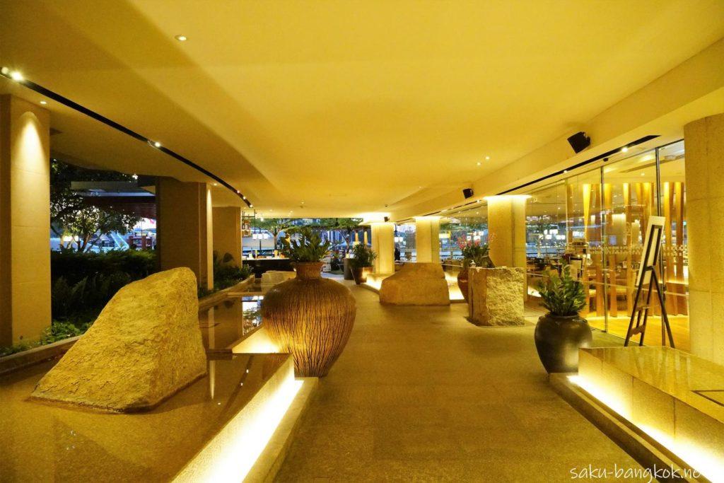 バンコクのシャングリラホテル 船着き場までの道のり