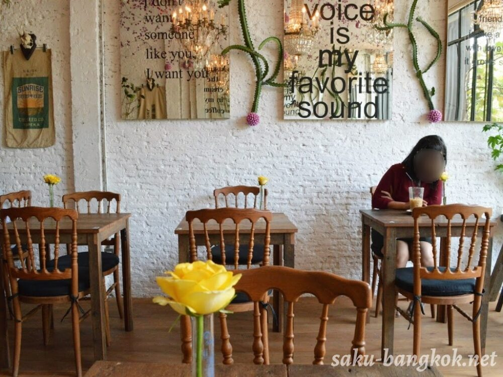 Floral cafe at napasornの店内