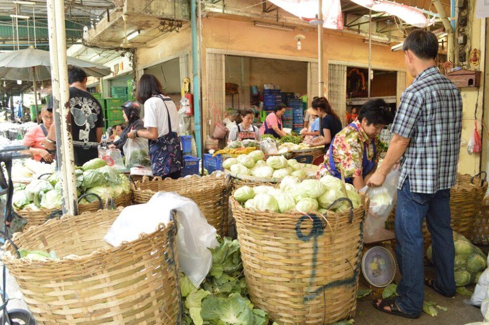 青果市場の様子