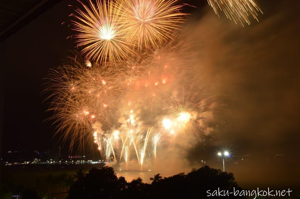 パタヤの国際花火大会に行ってきた!人が少なくてゆっくり見れる花火大会でした