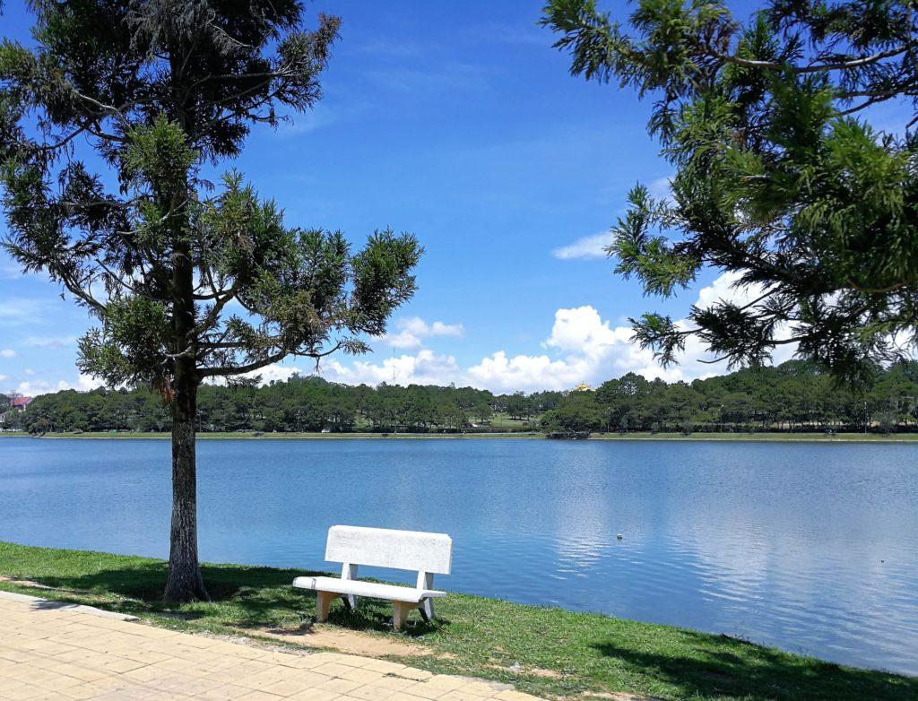 ダラットのスンフーン湖