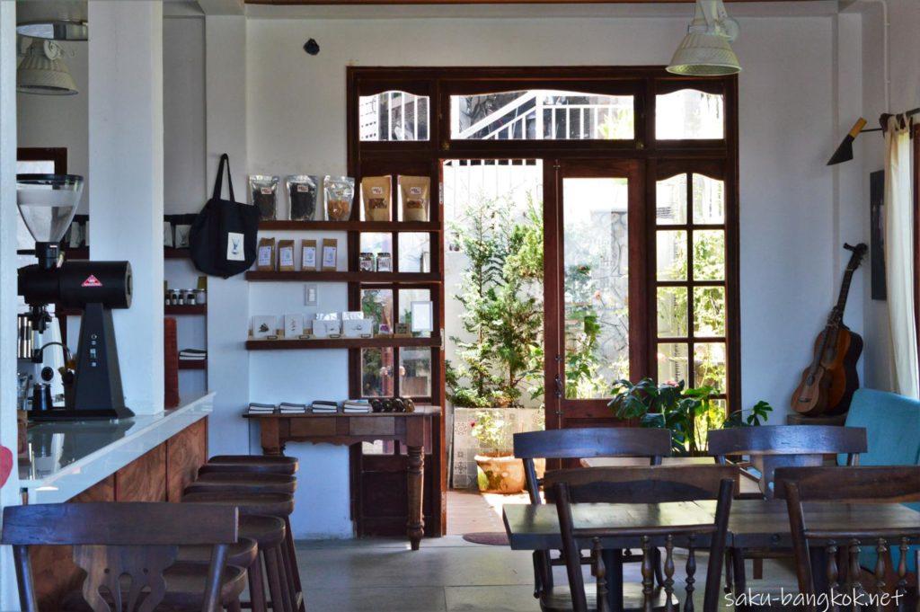景色が素晴らしいカフェ Tiệm cafe Tháng Ba