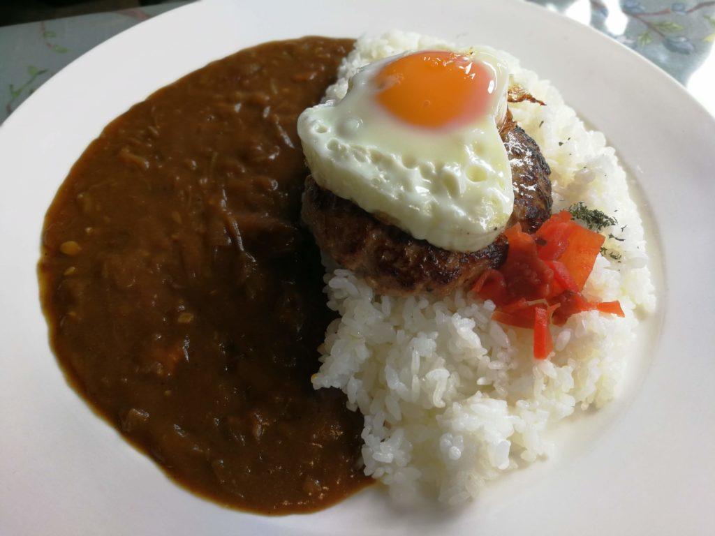 バンコクの洋食店 マ・メゾン(MA MAISON)のランチセットのハンバーグカレー