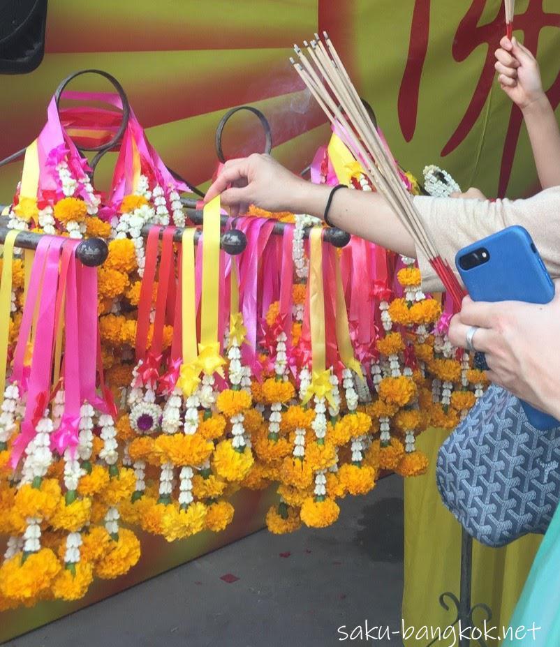 ヤワラートの中国仏教寺院ワットマンコンカマラワートで厄除けしてきた