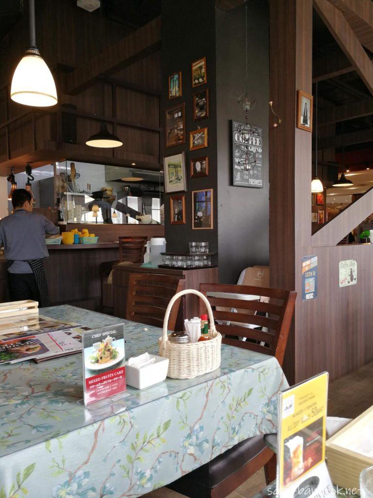 バンコクの洋食店 マ・メゾン(MA MAISON)の雰囲気