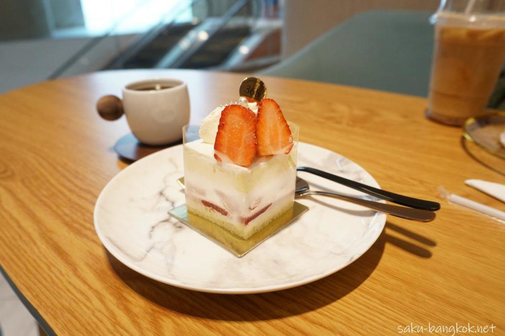バンコクのケーキ屋さん シェ・シバタ365 イチゴのショートケーキ