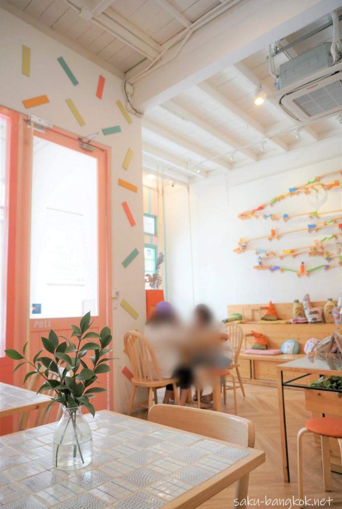 Nahim Cafe(ナヒムカフェ)の雰囲気