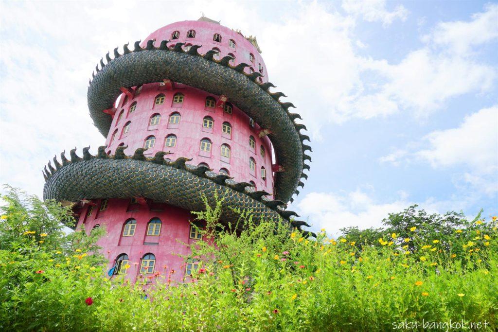 ナコンパトムのドラゴンタワー