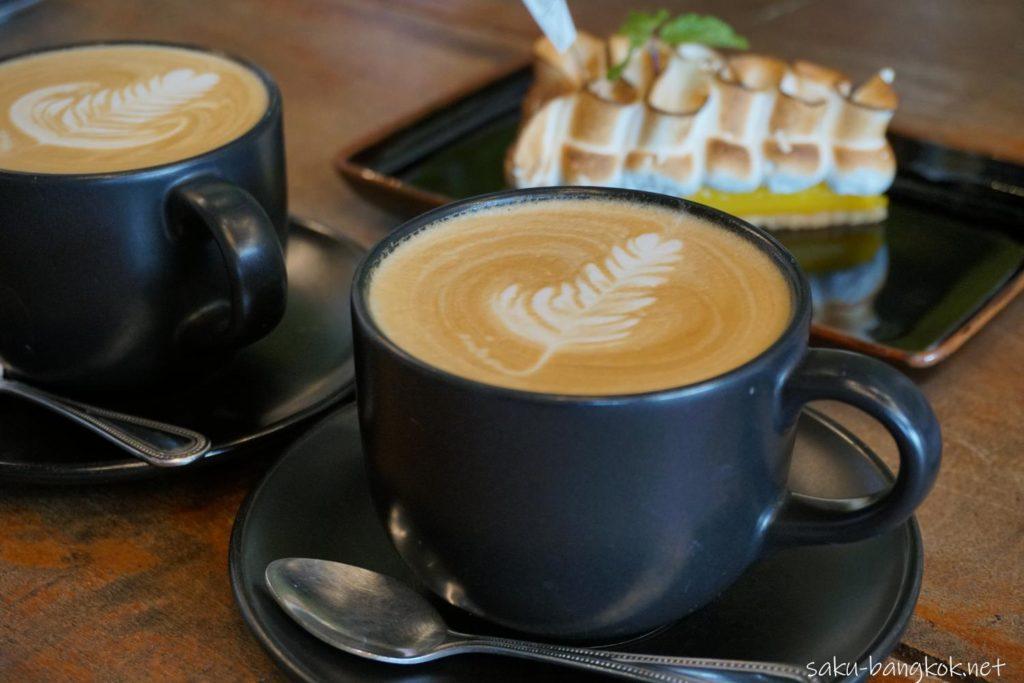 ナコンパトムのカフェ