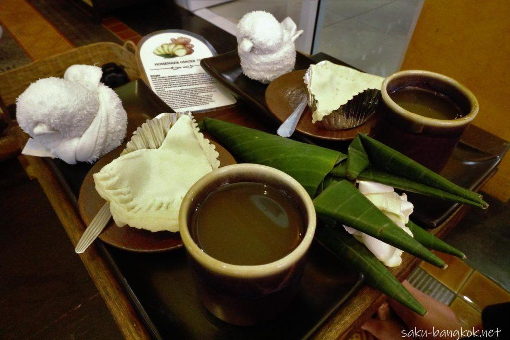 チェンマイのスパ【Zira Spa】施術後のお茶とお菓子
