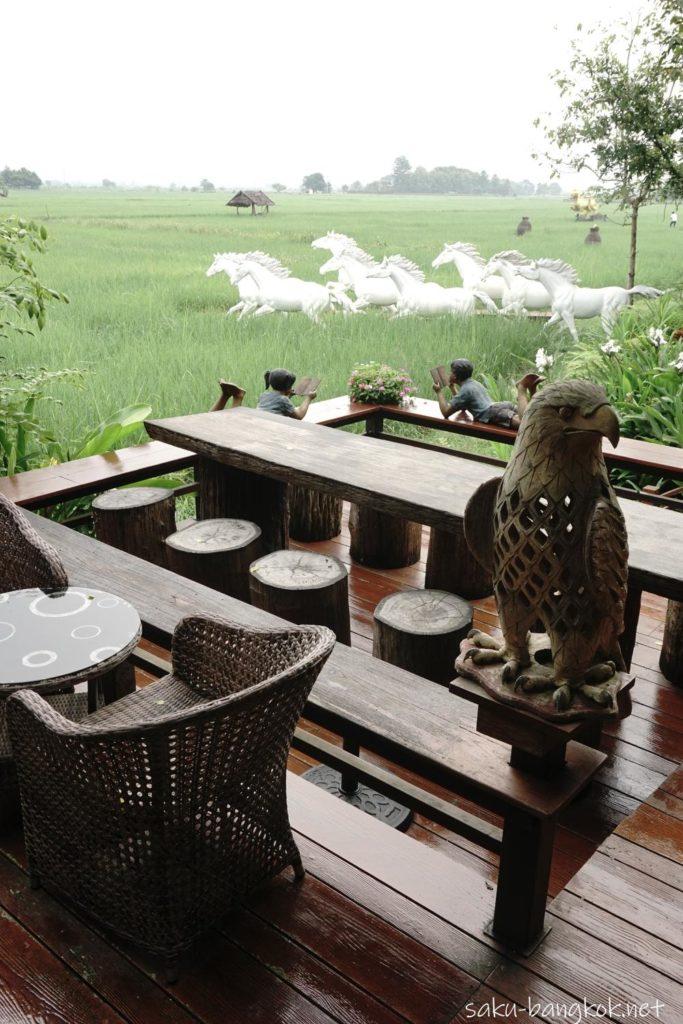 チェンマイ郊外の田んぼの真ん中でリラックス♪【プーサンファー リゾート】のレストラン