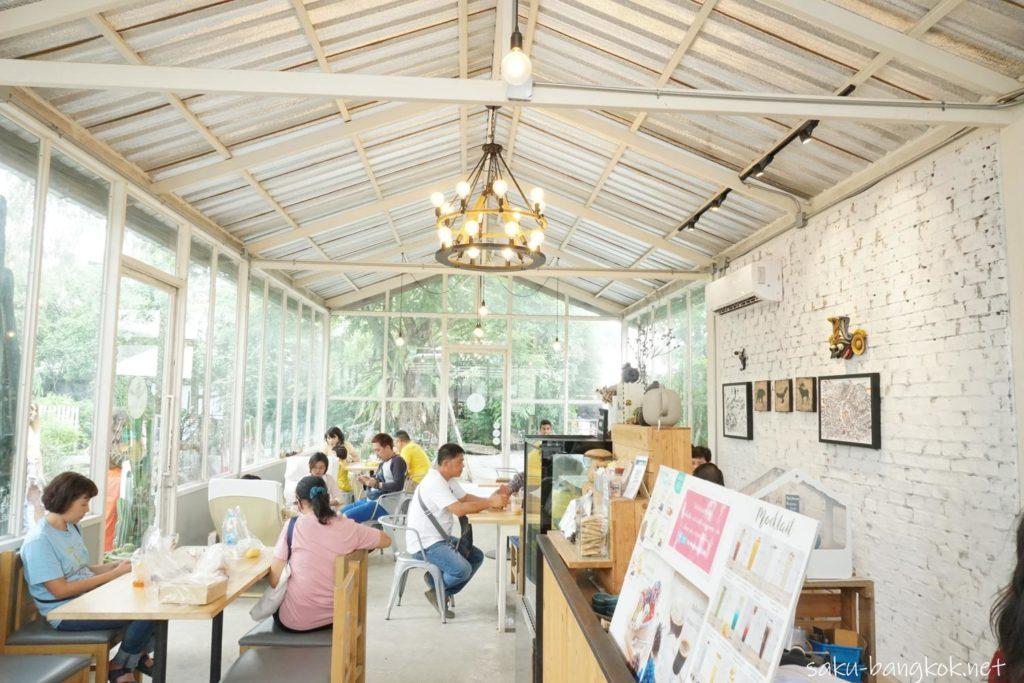 バンコクにあるクローンラットマヨム水上マーケットのおしゃれカフェ