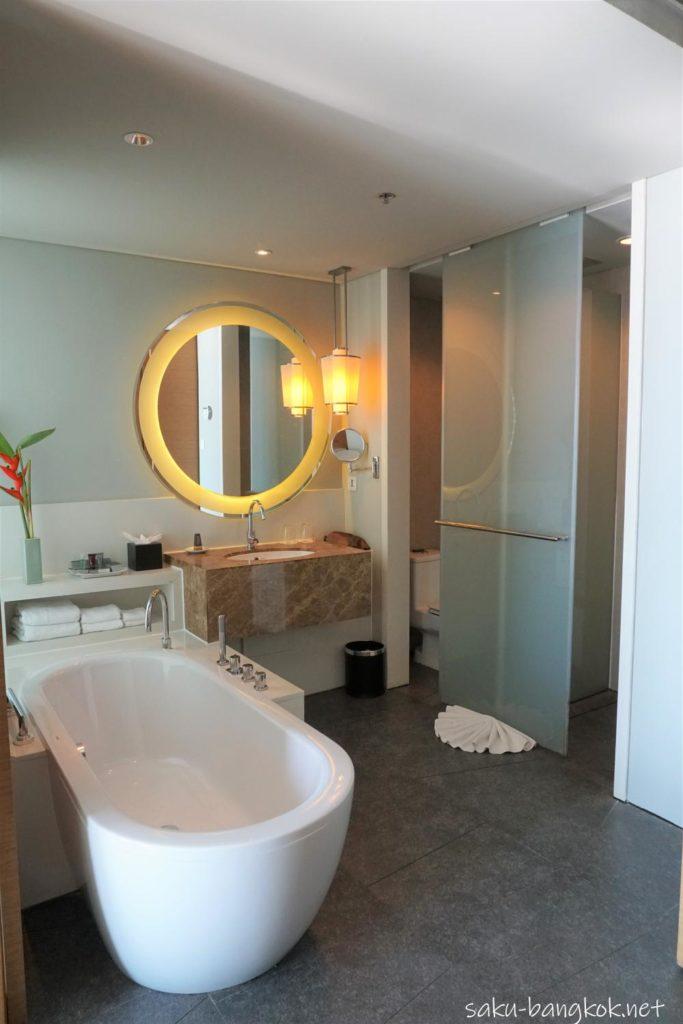 ラヨーンマリオットリゾート&スパ バスルーム