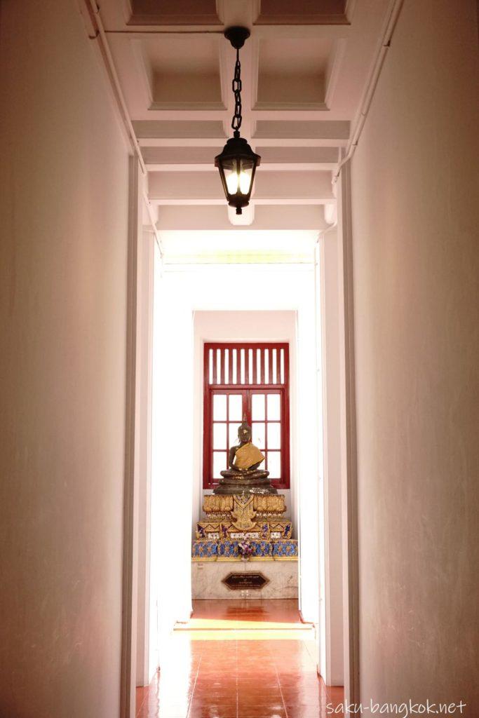 【ローハプラサート】ワット ラチャナダラムの瞑想の階の仏像