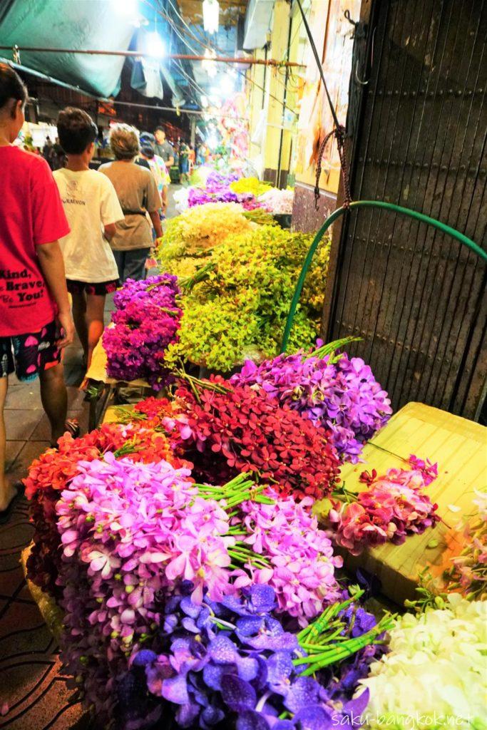 夜のパークローン花市場