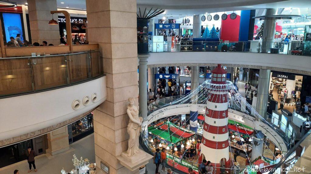 大晦日のバンコクのショッピングモール「ターミナル21」