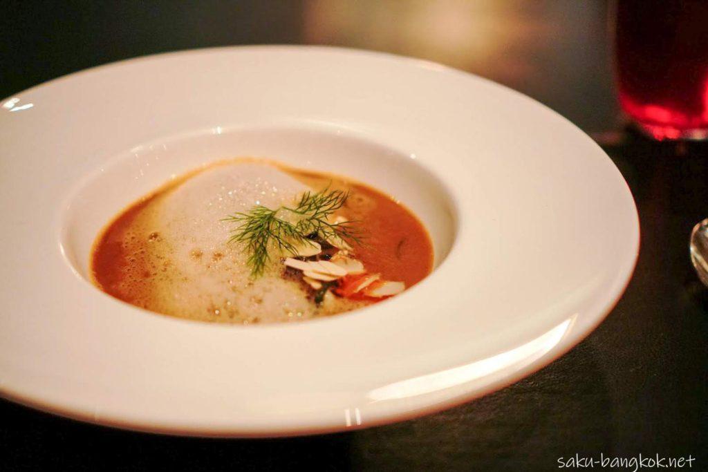 バンコクマリオットホテルスクンビット内のステーキハウス【The District Grill Room & Bar】ロブスタースープ