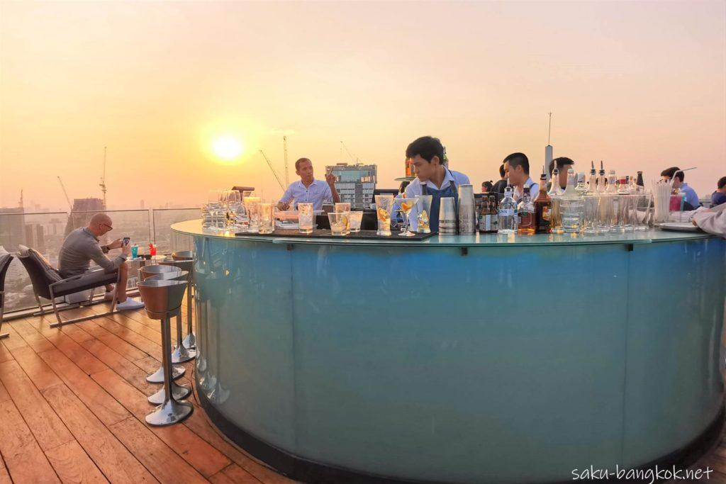 ルーフトップバー Octave Rooftop Lounge & Bar