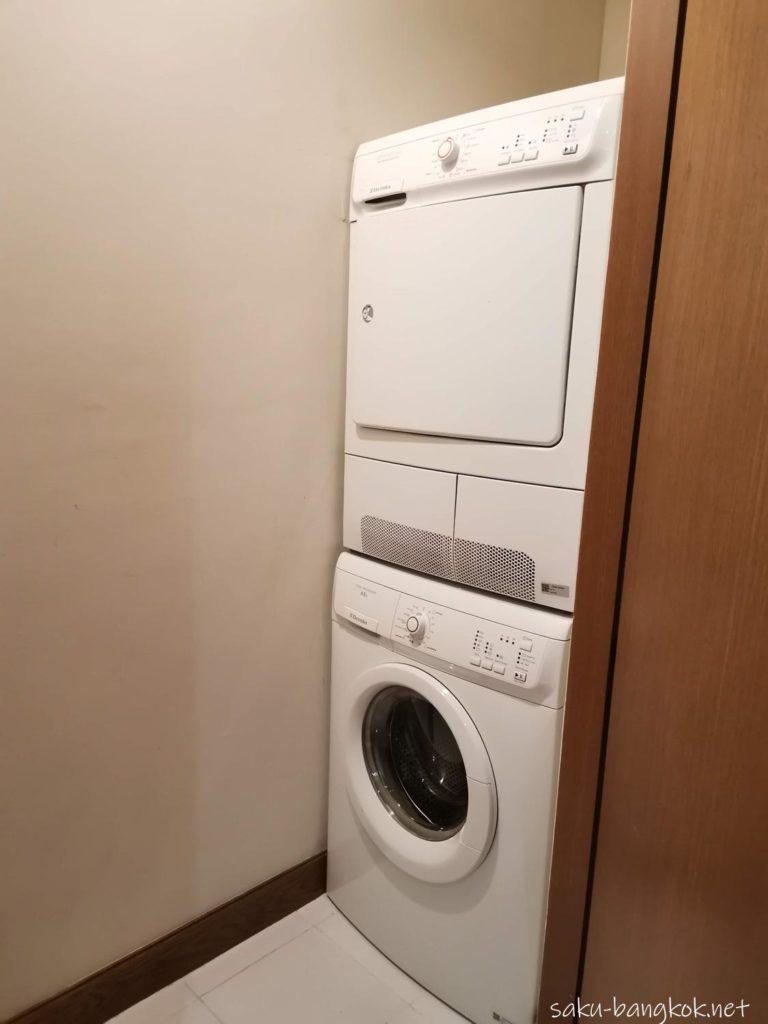 マリオット エグゼクティブ アパートメンツ バンコク スクンビット トンローの部屋(洗濯乾燥機)
