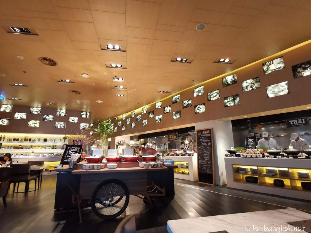 マリオット エグゼクティブ アパートメンツ バンコク スクンビット トンローの部屋(朝食ブッフェ)