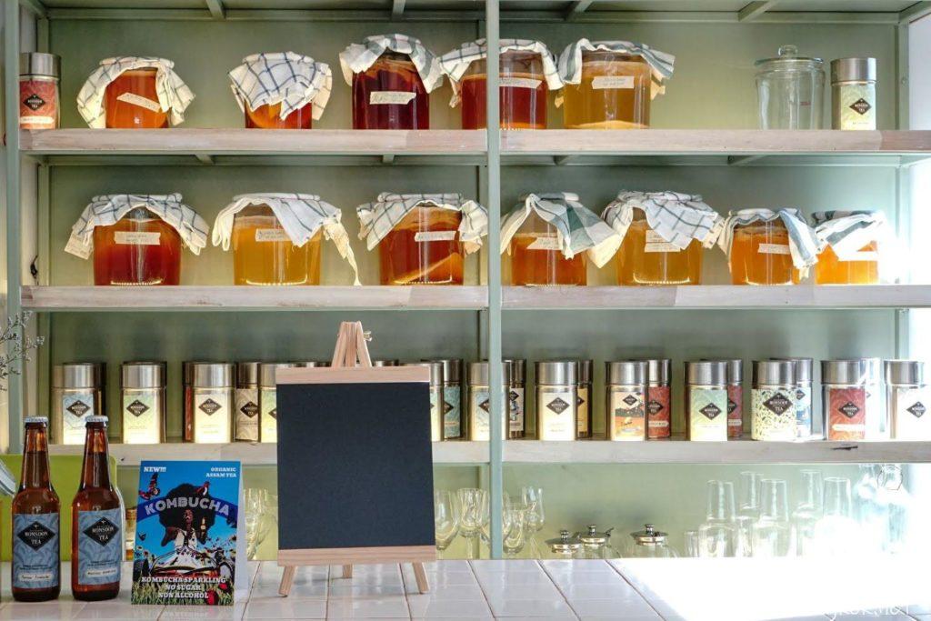 Monsoon Tea Asok店2階席