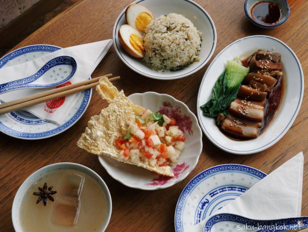 バンコク【BaHao 八號】のAirbnbがレストラン・カフェに